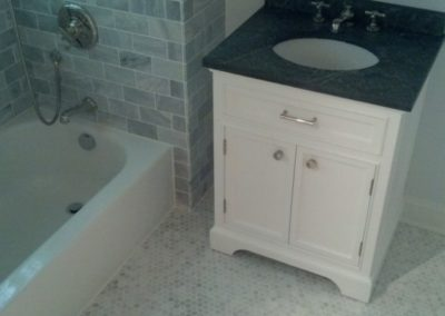 Marble Bathroom - 3 of 4